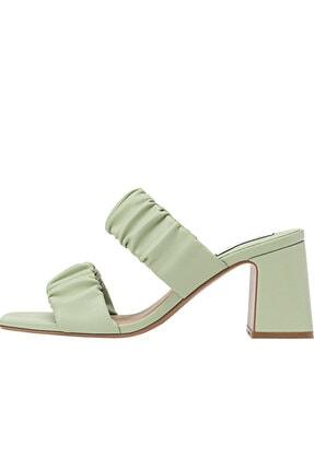 Stradivarius Kadın Yeşil Büzgülü Çift Bantlı Topuklu Sandalet