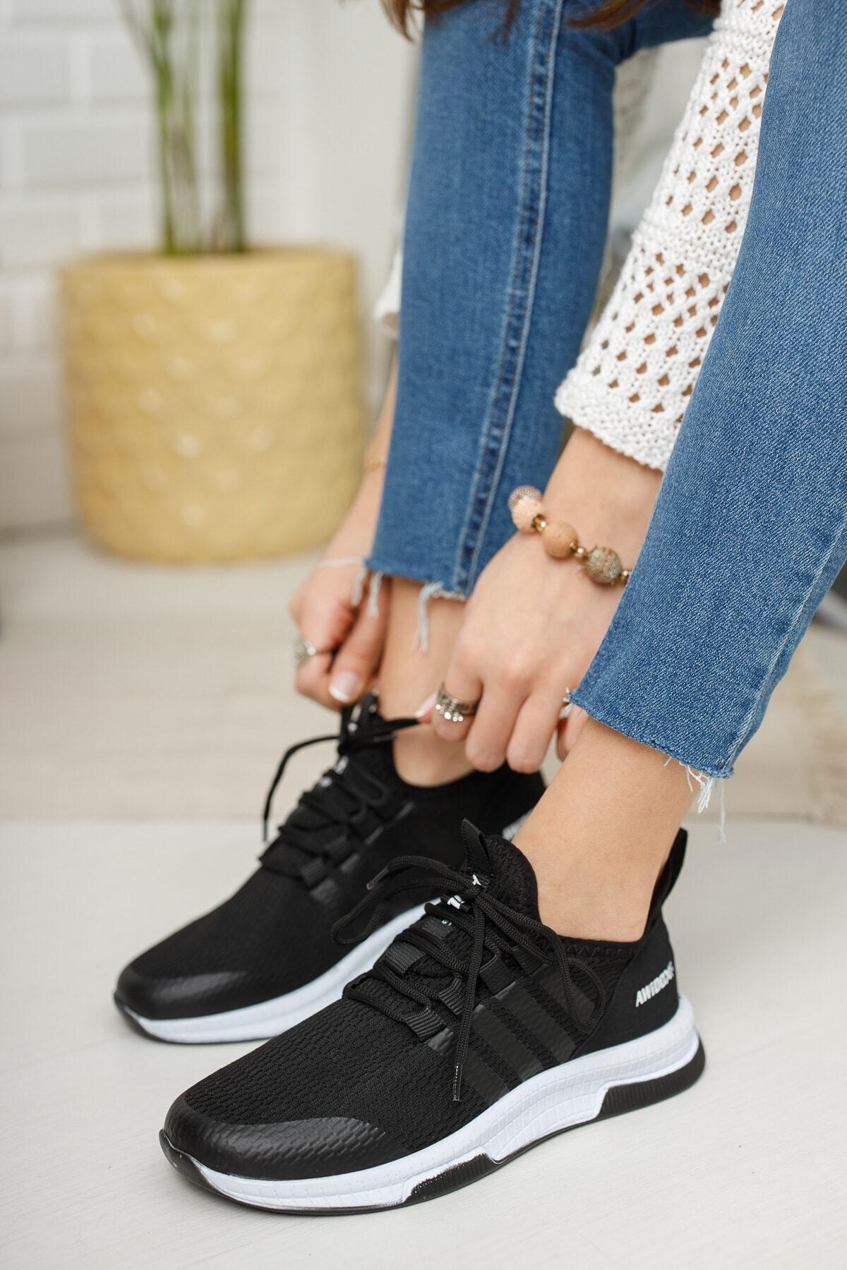 meyra'nın ayakkabıları Kadın Siyah Beyaz Sneaker 1