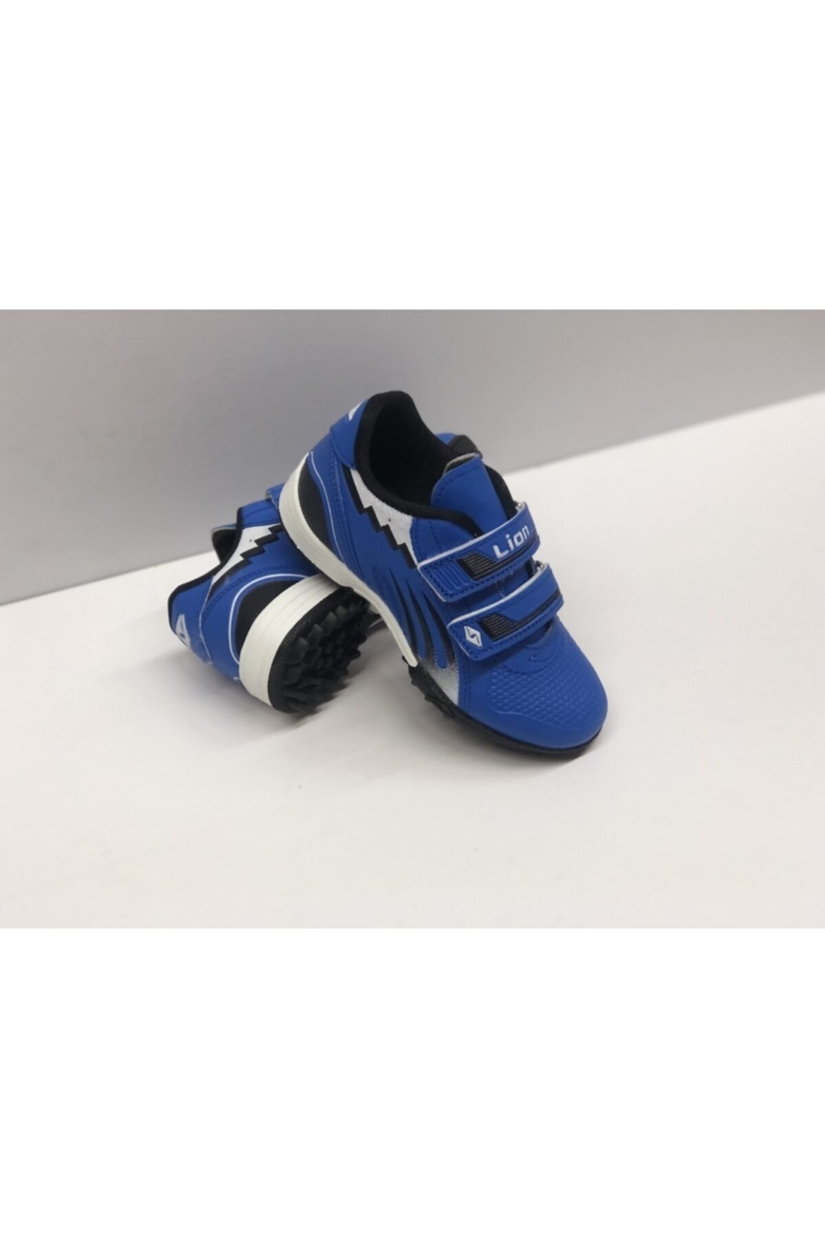 Lion Çocuk Top Ayakkabısı Halısaha Spor 2