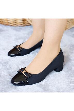 PUNTO Kadın Siyah Deri Mevsimlik Yumurta Topuklu Ayakkabı