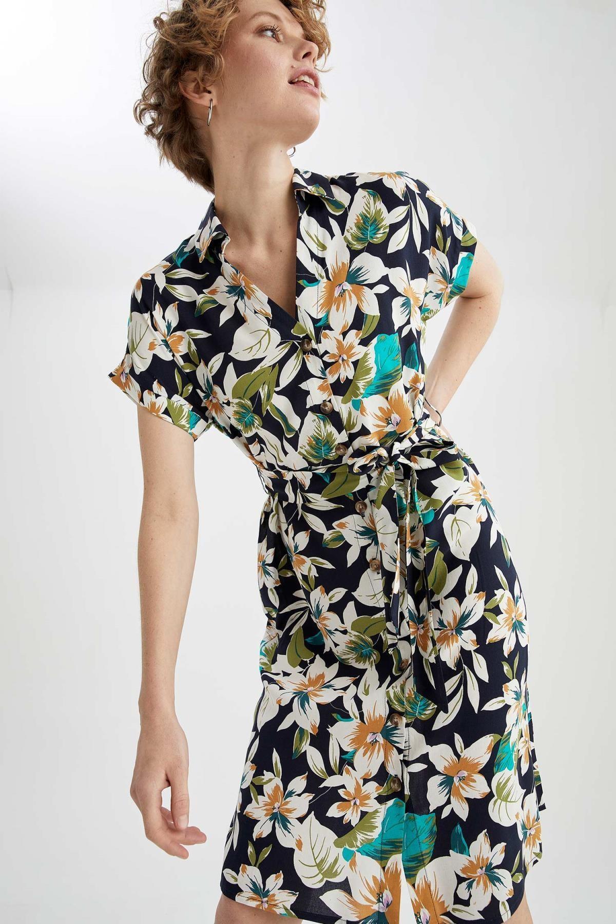 DeFacto Çiçek Desenli V Yaka Kuşaklı Midi Gömlek Yazlık Elbise