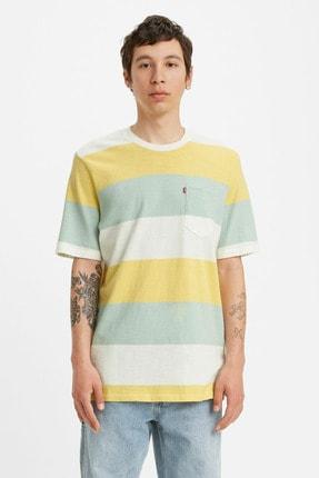 Levi's Erkek Renk Bloklu Bisiklet Yaka Cep Detaylı Pamuklu T Shirt