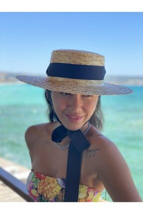 Trendseli Store Kurdeleli Düz Kesim Şapka