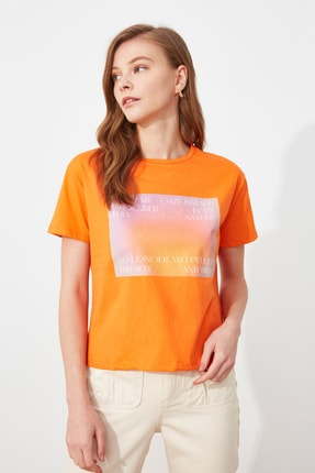 TRENDYOLMİLLA Turuncu semiftt T-Shirt TWOSS21TS2896
