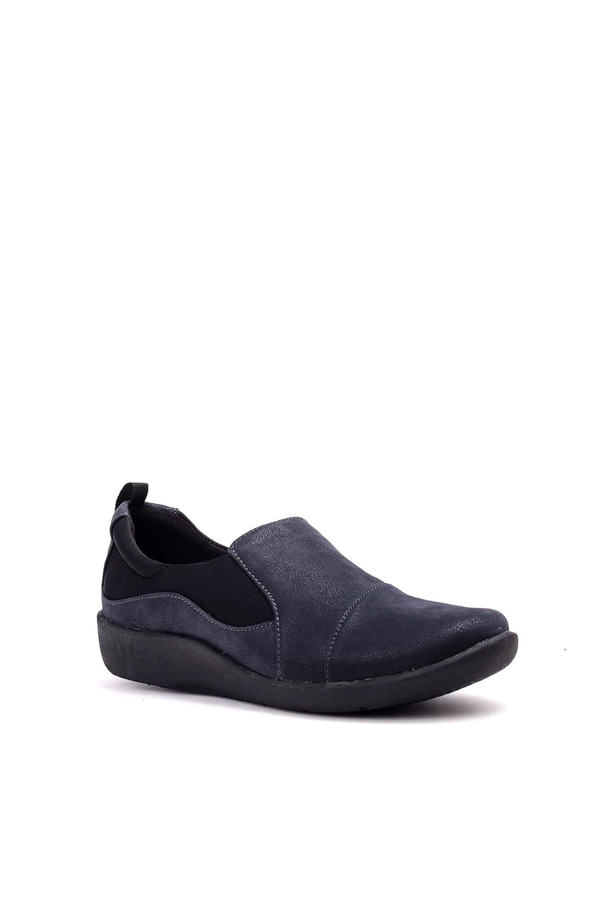 CLARKS Yeşil Kadın Sneaker 261221874-Nubuk-HAKI 2