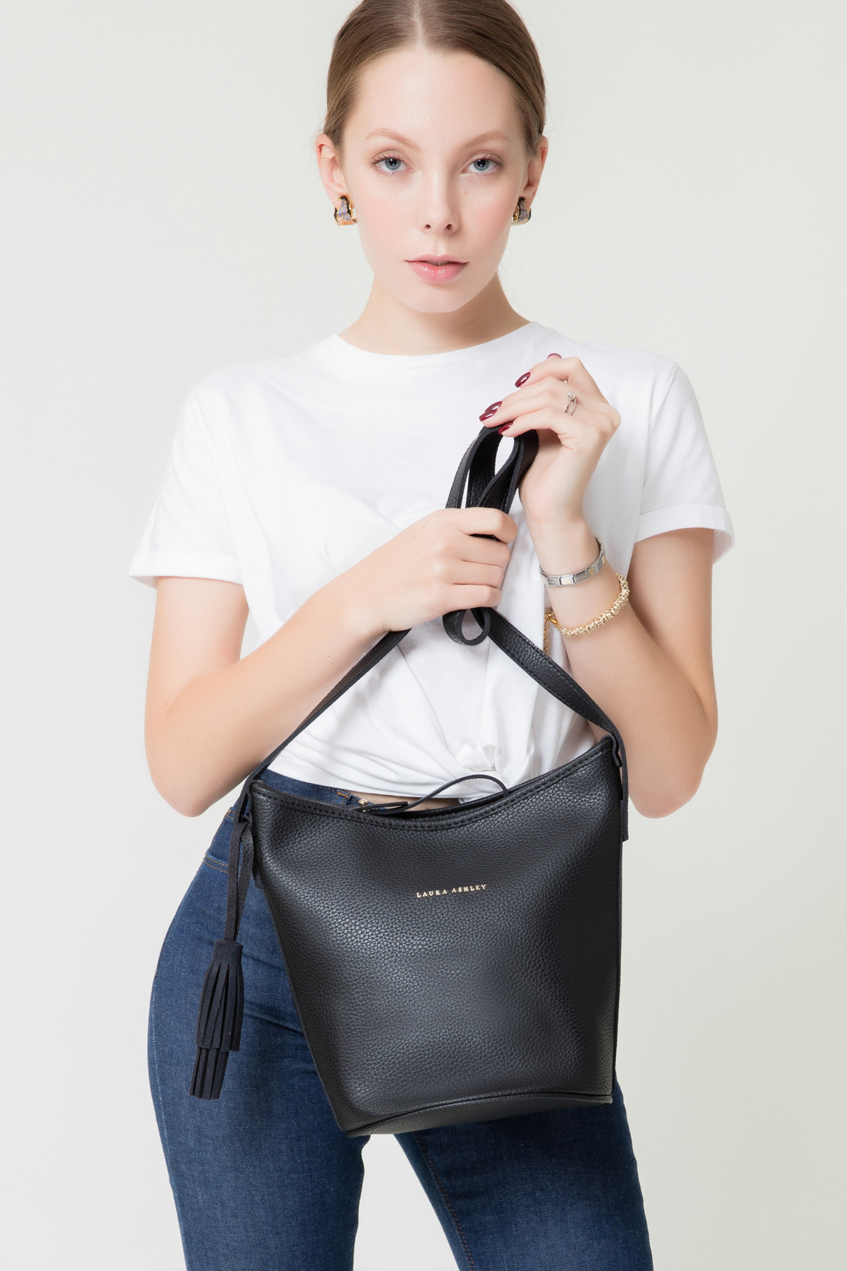 Laura Ashley Kadın Püsküllü Çanta Siyah 2