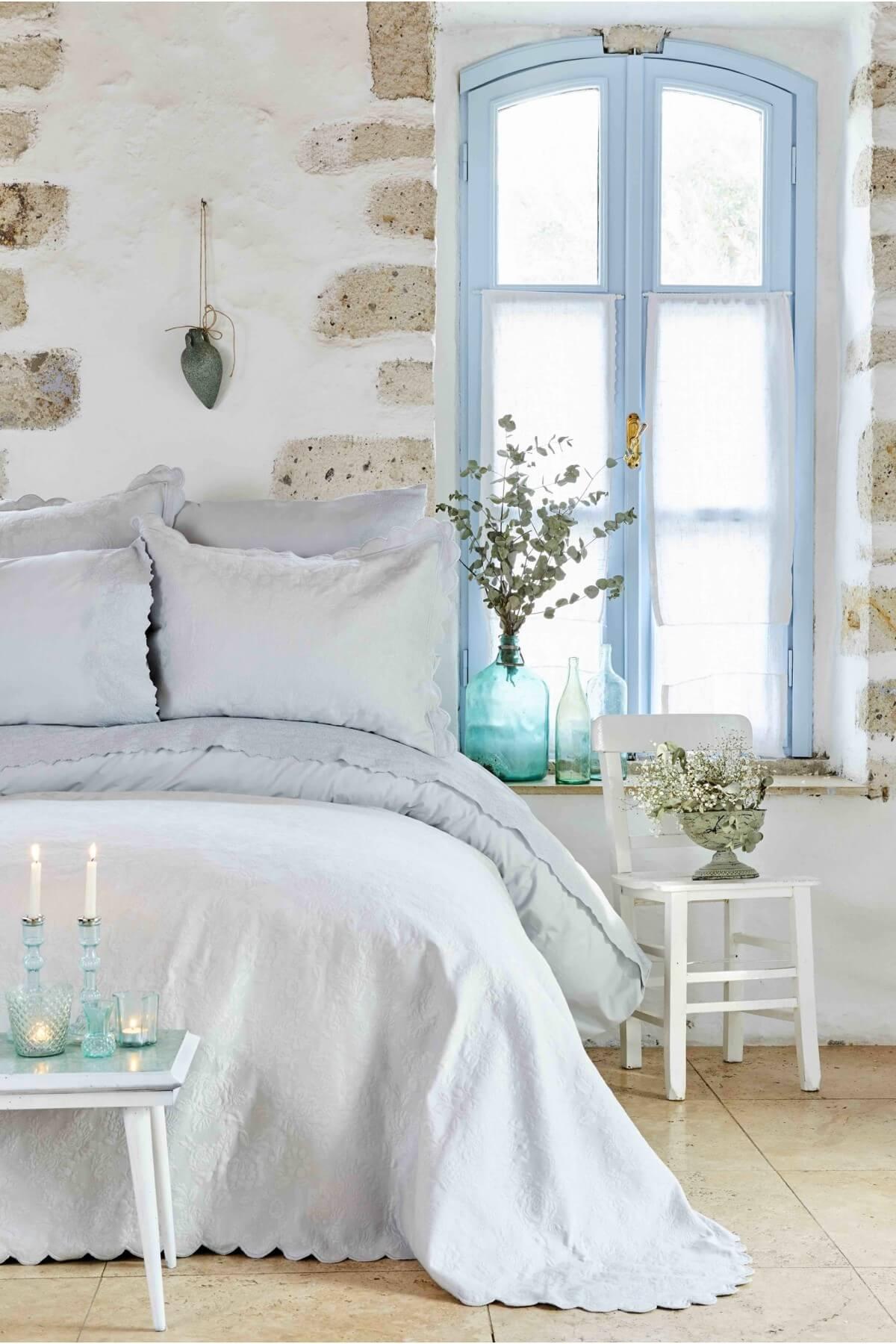 Karaca Home Alice Mavi Çift Kişilik Dantelli Nevresim ve Yatak Örtüsü Seti 1