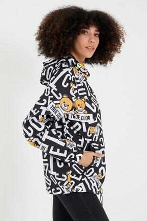 Tarz Cool Kadın Siyah Beyaz Modelli Kapüşonlu Ceket-kdcktr05s