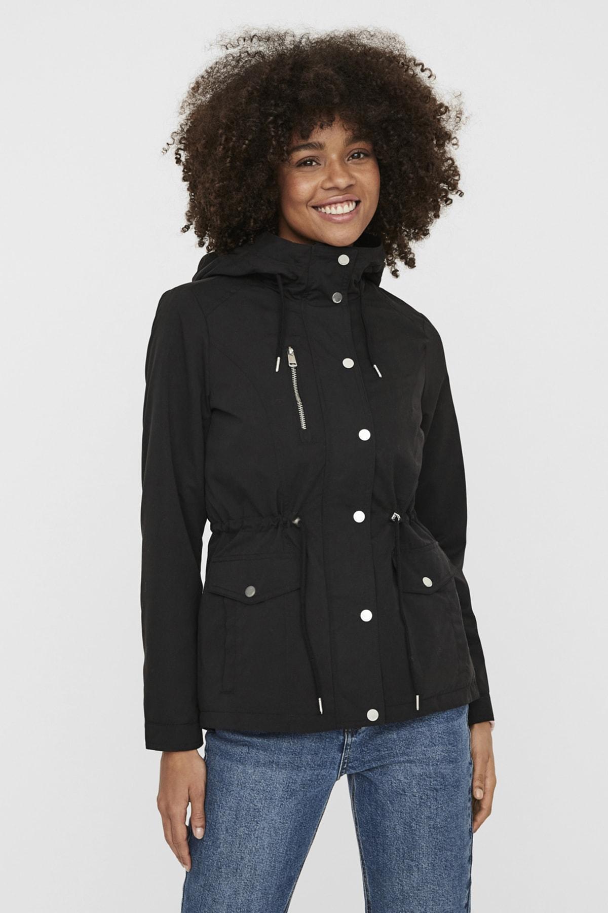 Vero Moda Kadın Black Kapüşonlu Beli Büzülebilir Mont 10238695 VMPERNILLE
