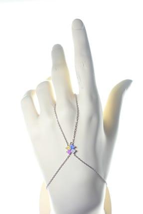 Söğütlü Silver Kadın Gümüş Renkli Taşlı Yonca Modeli Şahmeran SGTL9422