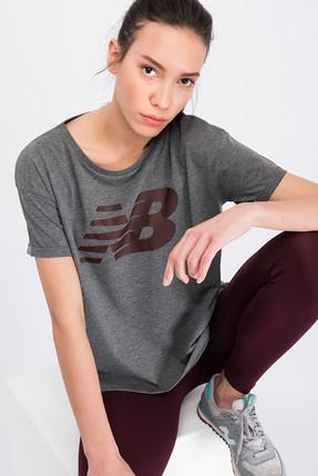 New Balance Kadın T-shirt - V-WTT807-CHC