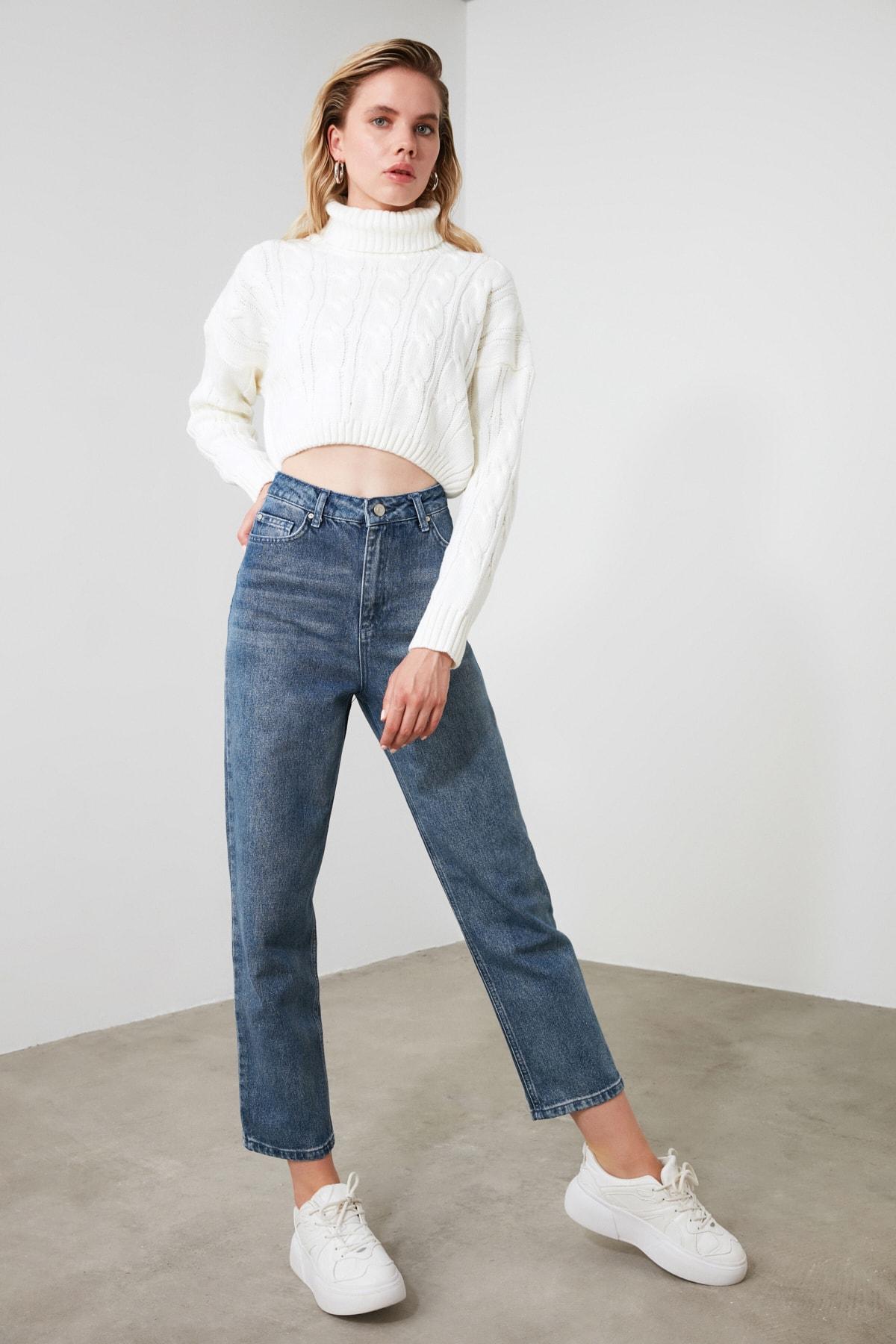 TRENDYOLMİLLA Mavi Yüksek Bel Straight Jeans TWOSS20JE0166 2