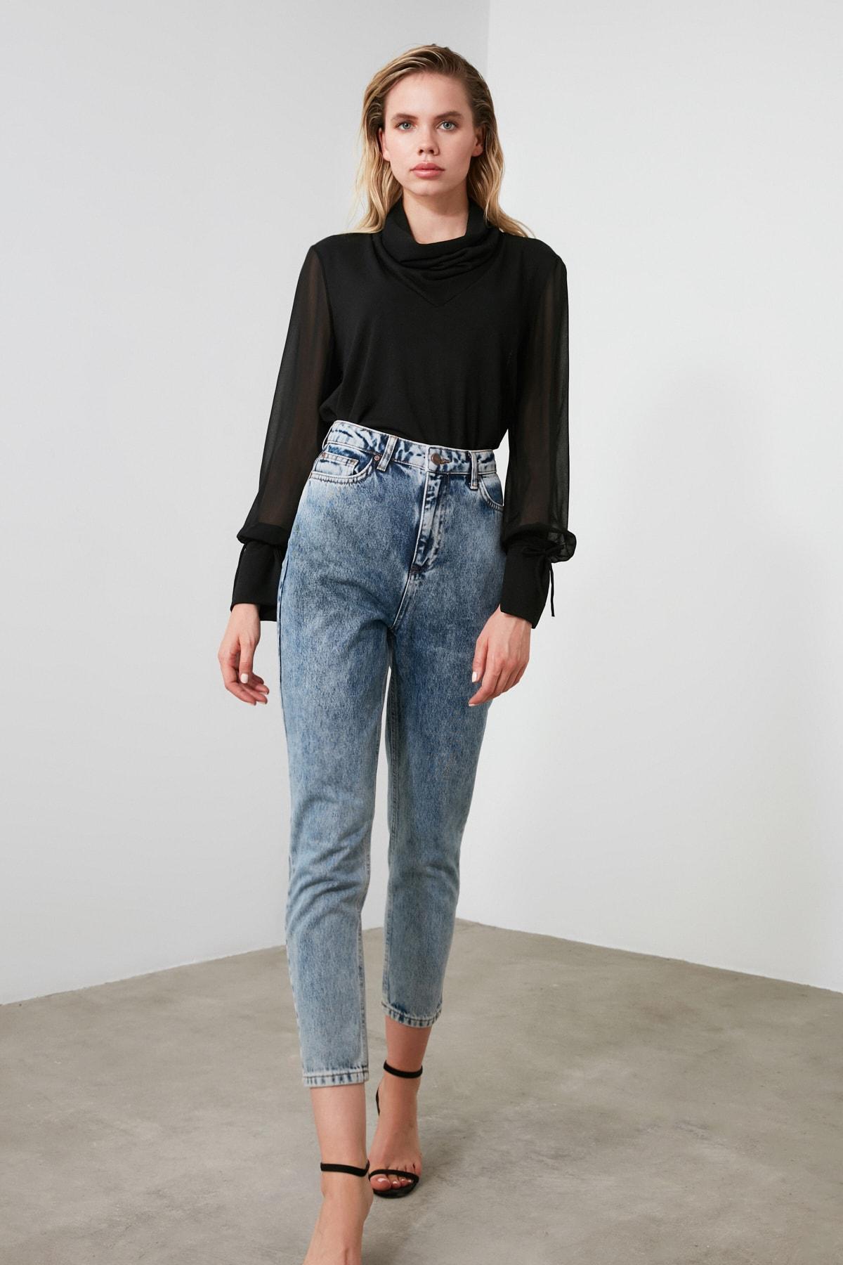 TRENDYOLMİLLA Indigo Asit Yıkamalı Yüksek Bel Mom Jeans TWOSS20JE0164 2