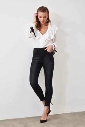 TRENDYOLMİLLA Siyah Yüksek Bel Skinny Jeans TWOSS20JE0302