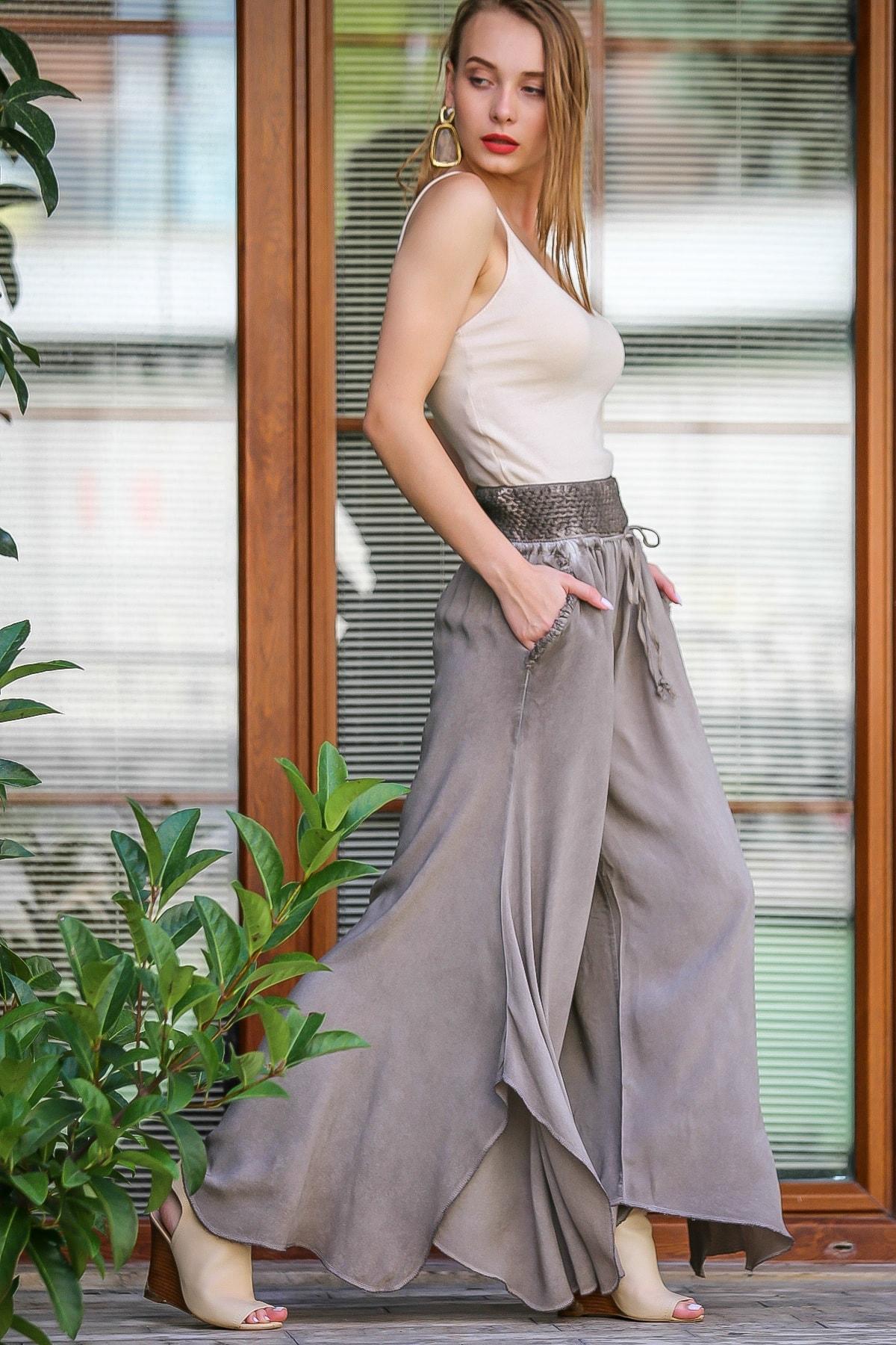 Chiccy Kadın Bej Özel Tasarım Dev Yırtmaçlı Bol Paçalı Cepli Yıkamalı Pantolon M10060000Pn99071