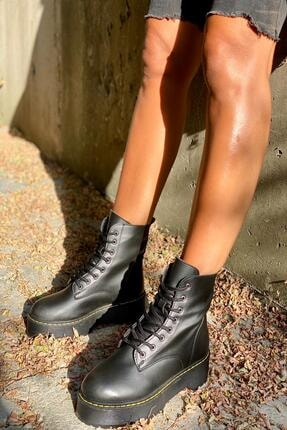 İnan Ayakkabı Siyah Cilt Kadın Bot KY92503