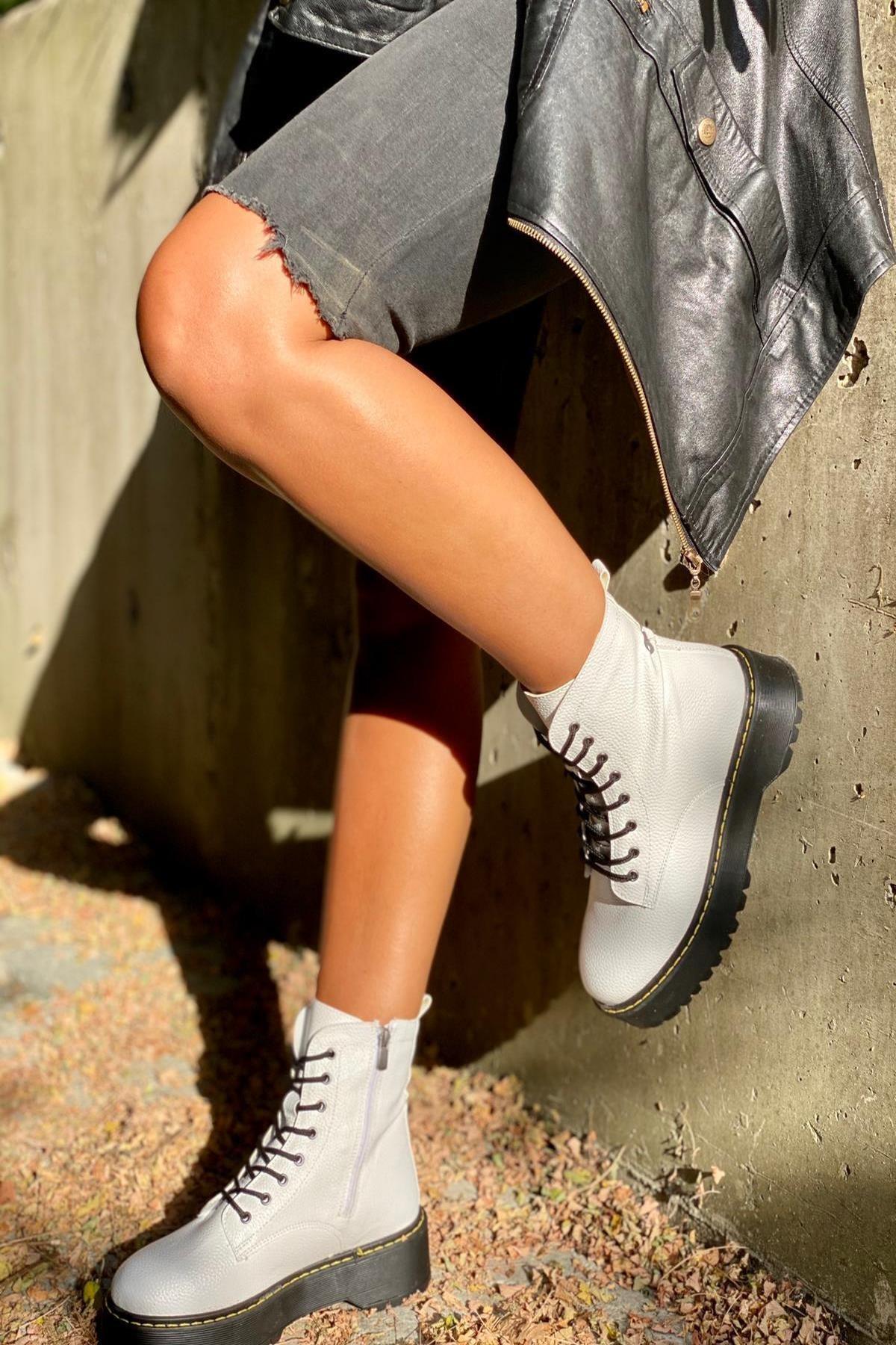 İnan Ayakkabı Floter Beyaz Cilt Kadın Bot KY92500 1