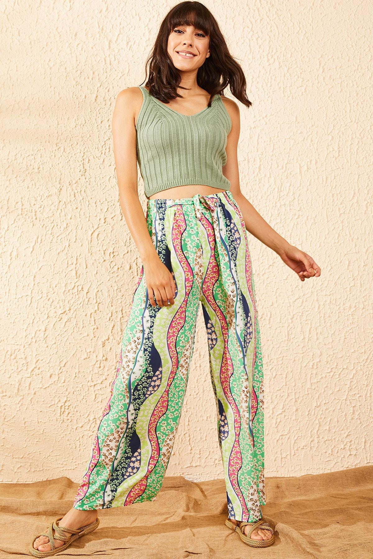 Bianco Lucci Kadın Yeşil Beli Lastikli Çiçek Şerit Desenli Bol Paça Pantolon 10101002 1