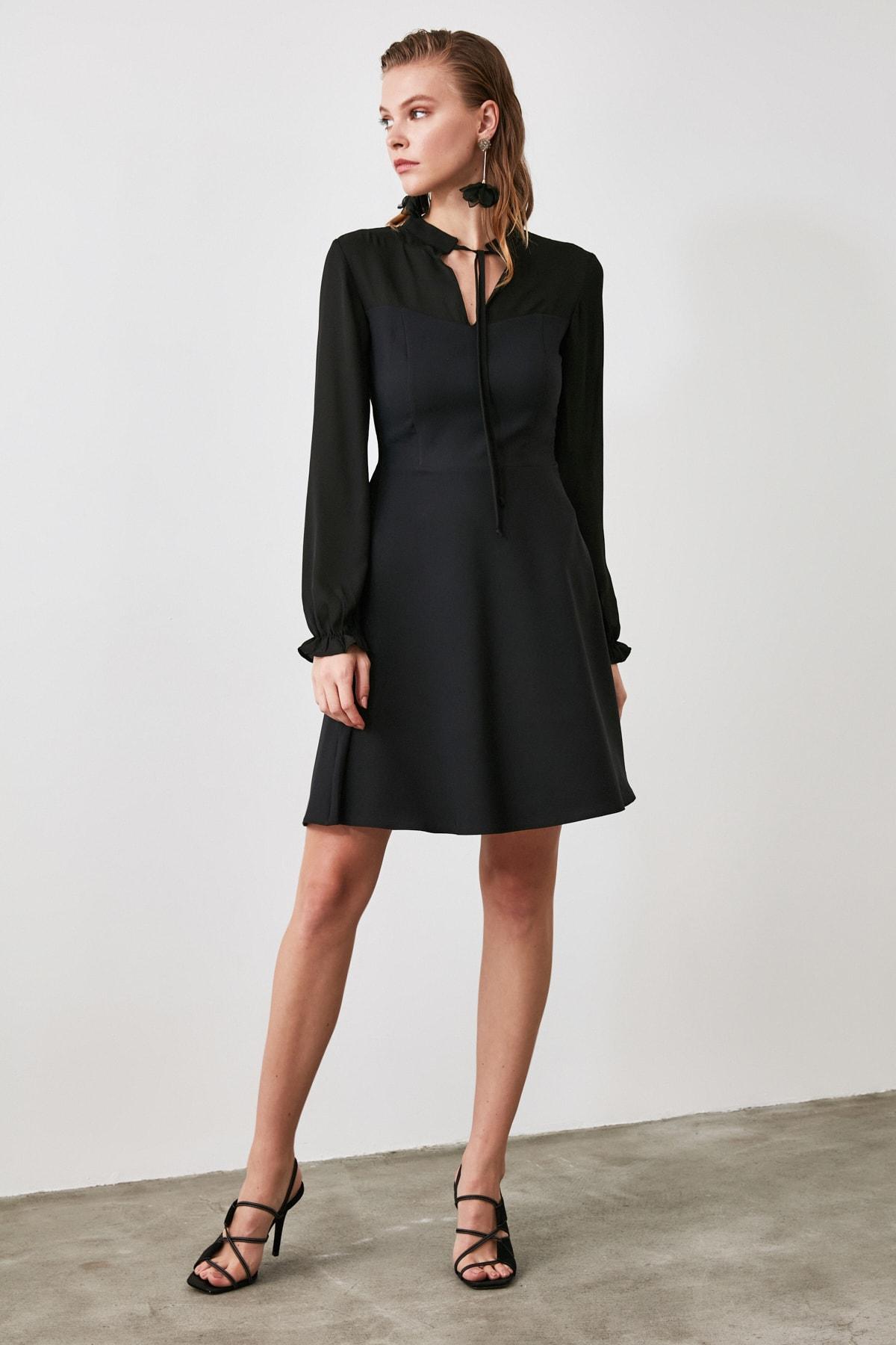 TRENDYOLMİLLA Siyah Bağlama Detaylı Elbise TWOAW21EL0721 2