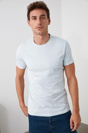TRENDYOL MAN Açık Mavi Erkek Basic Pamuklu Kısa Kollu Slim Fit T-Shirt - TMNSS19BO0001