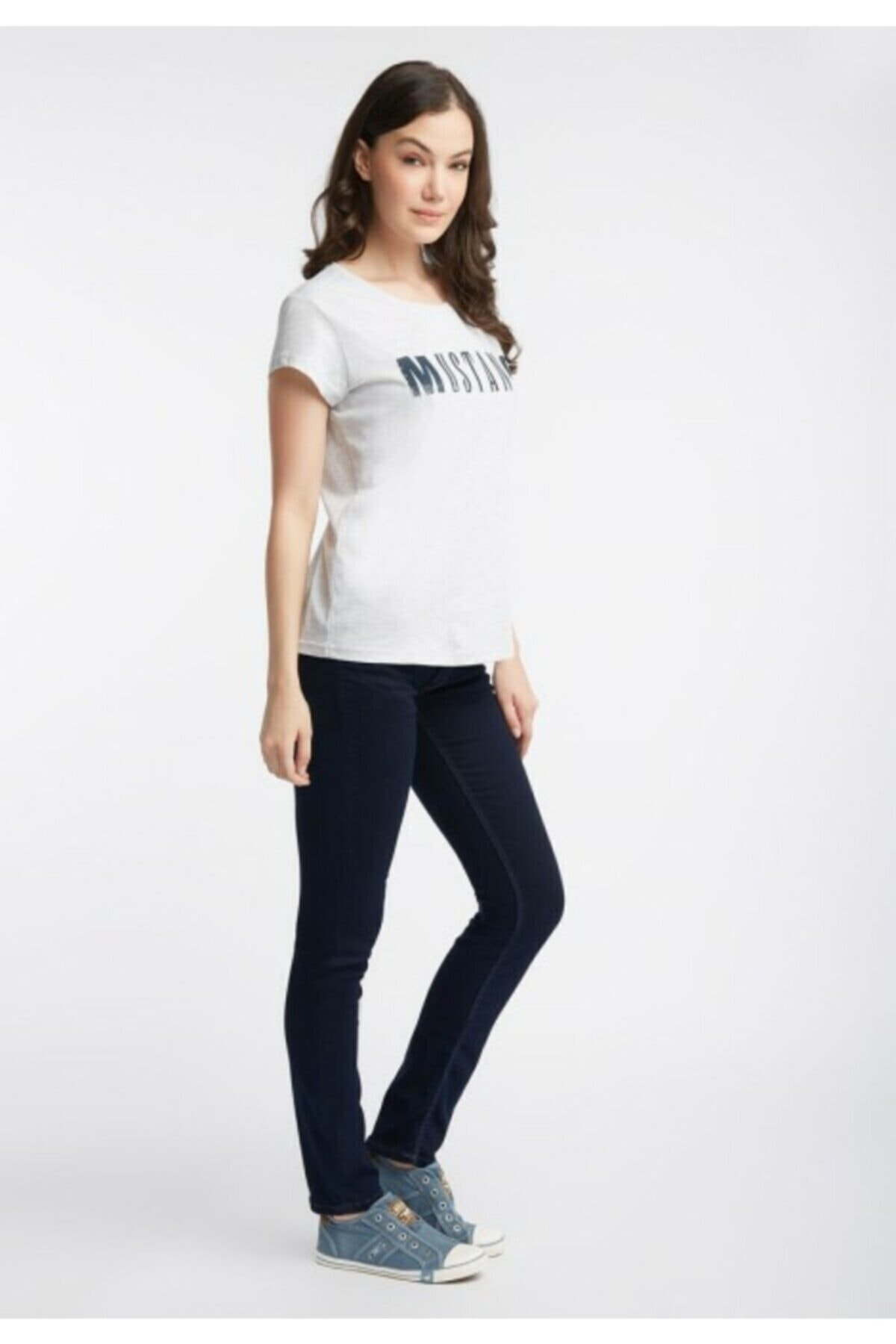Mustang Kadın Gri Klasik Logo T-shirt 1