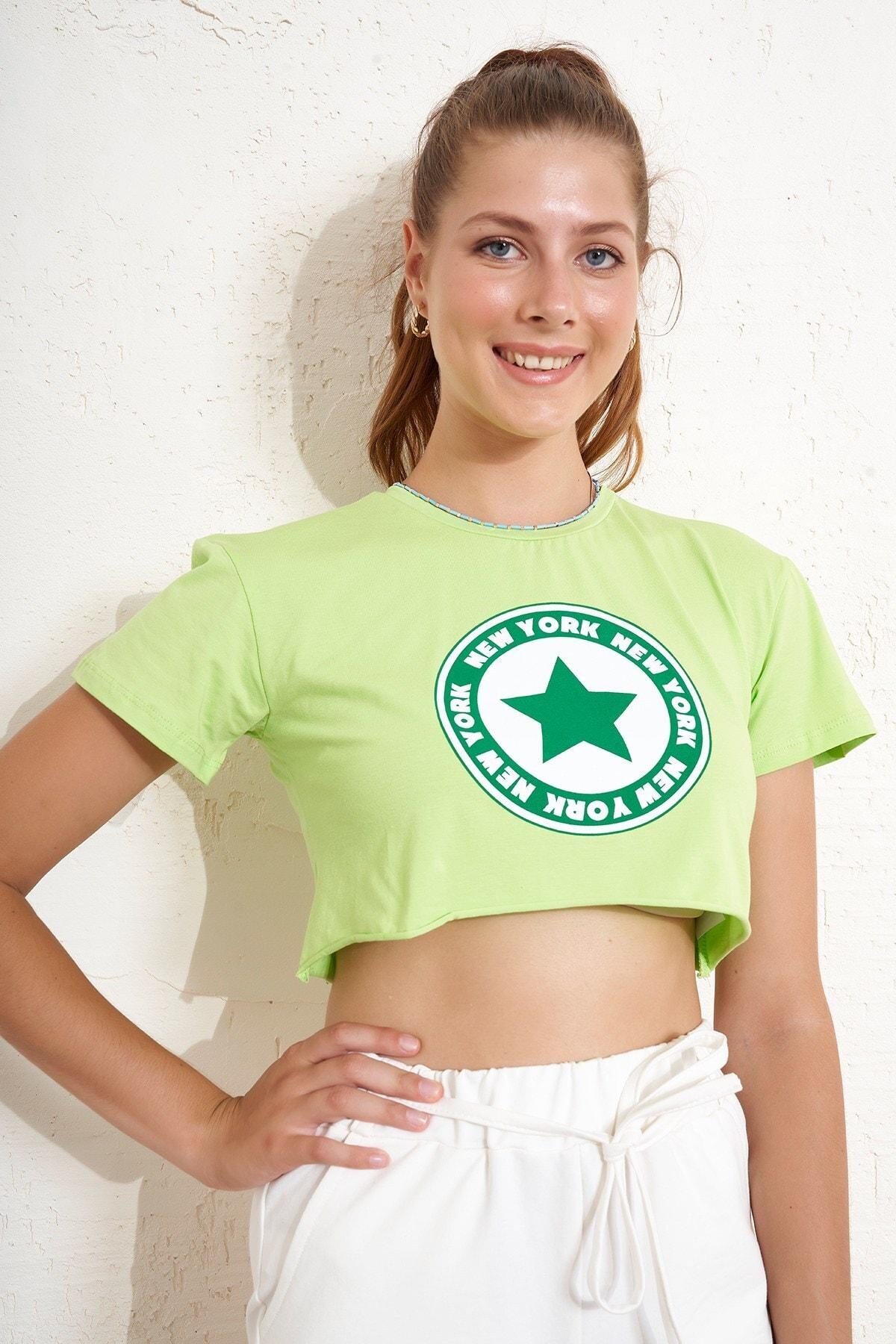 Eka Yıldız Baskılı Crop T-shirt 1