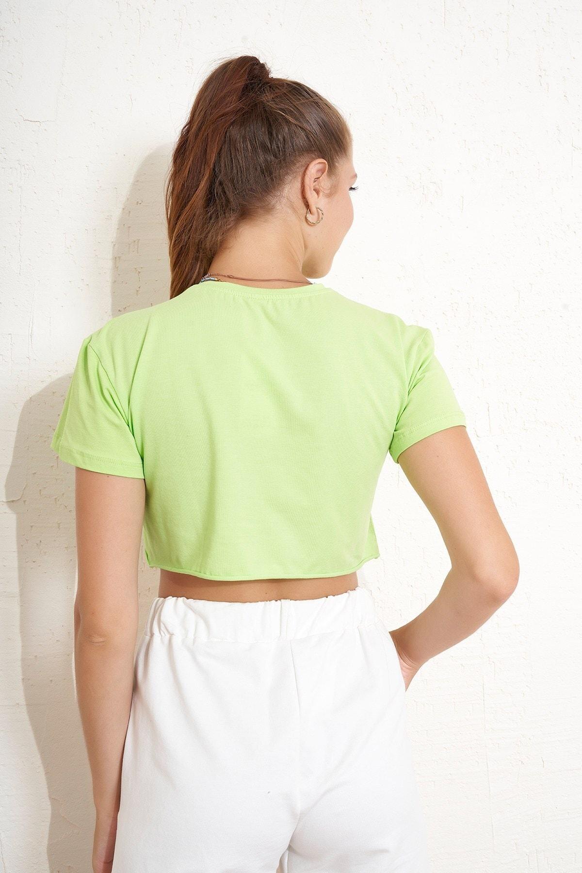 Eka Yıldız Baskılı Crop T-shirt 2