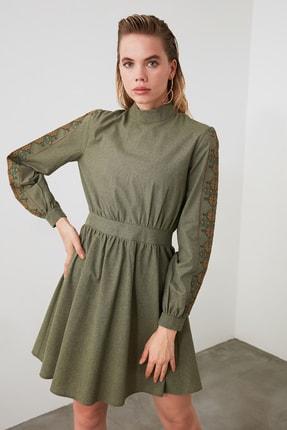 TRENDYOLMİLLA Haki İşlemeli Elbise TWOAW20EL0893