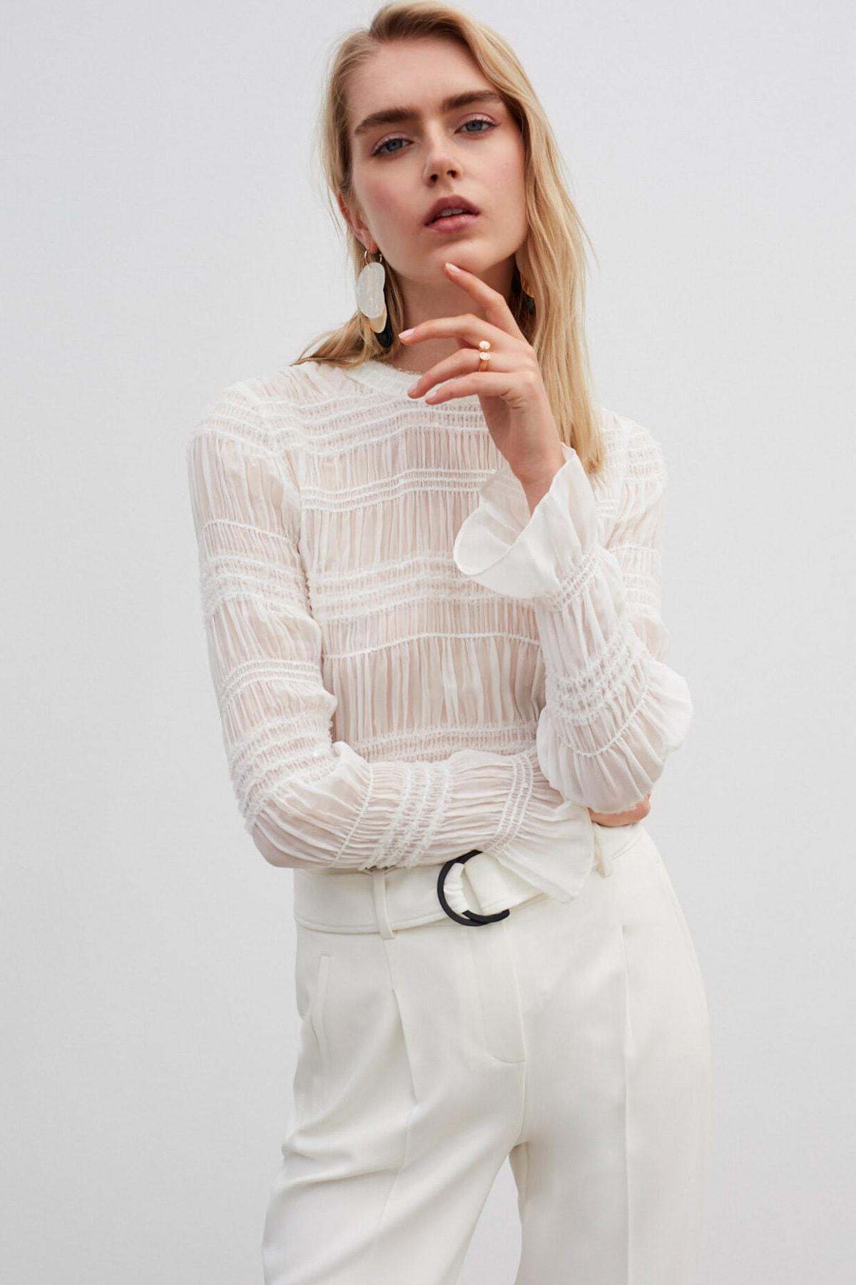 İpekyol Kadın Beyaz Payet Şeritli Bluz 1