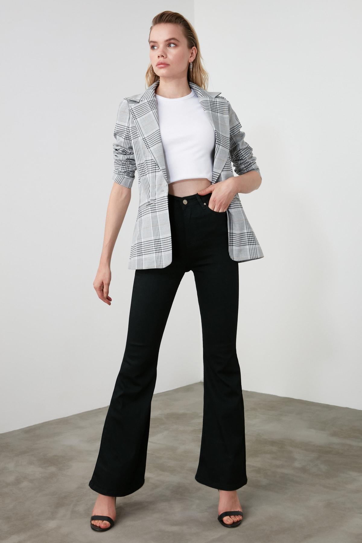 TRENDYOLMİLLA Siyah Yüksek Bel Flare Jeans TWOAW21JE0247 1