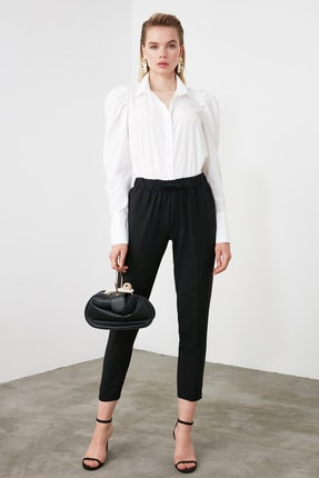 TRENDYOLMİLLA Siyah Bağlama Detaylı Pantolon TWOSS19ST0212