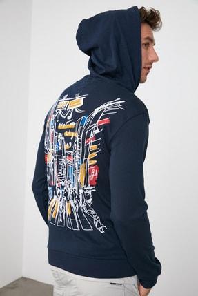 TRENDYOL MAN Lacivert Erkek Uzun Kollu Kapüşonlu Sırt Basklı T-Shirt TMNAW21TS0144