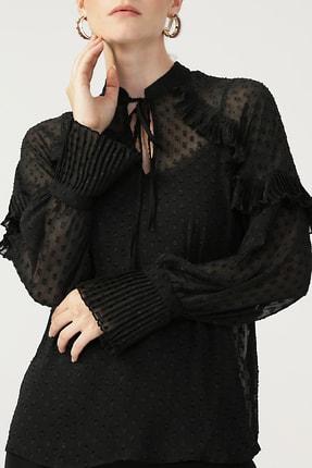 RANDOM Kadın Siyah Piliseli Boyundan Bağlamalı Bluz