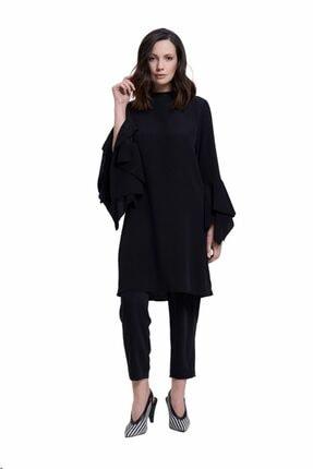 Mizalle Kadın Siyah Kolları Volanlı Tunik