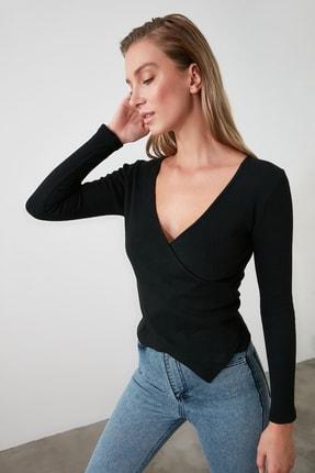 TRENDYOLMİLLA Siyah Kruvaze Örme Bluz TWOAW21BZ1274