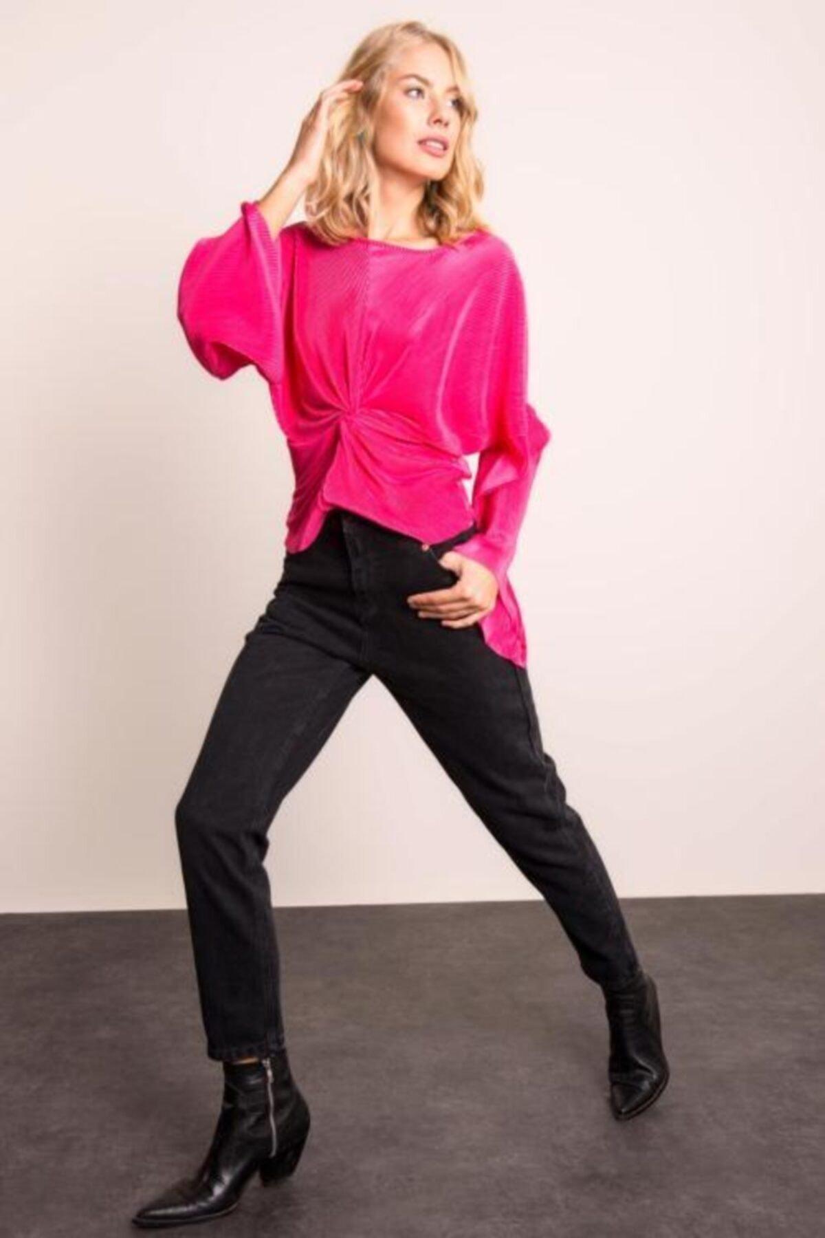 BSL Kadın Siyah Paça Kıvırma Detaylı Denim Pantolon 2