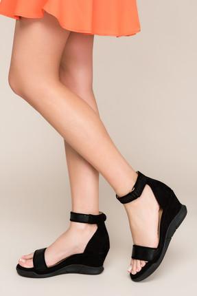 İnci Hakiki Deri Siyah Kadın Dolgu Topuklu Ayakkabı  120130002198