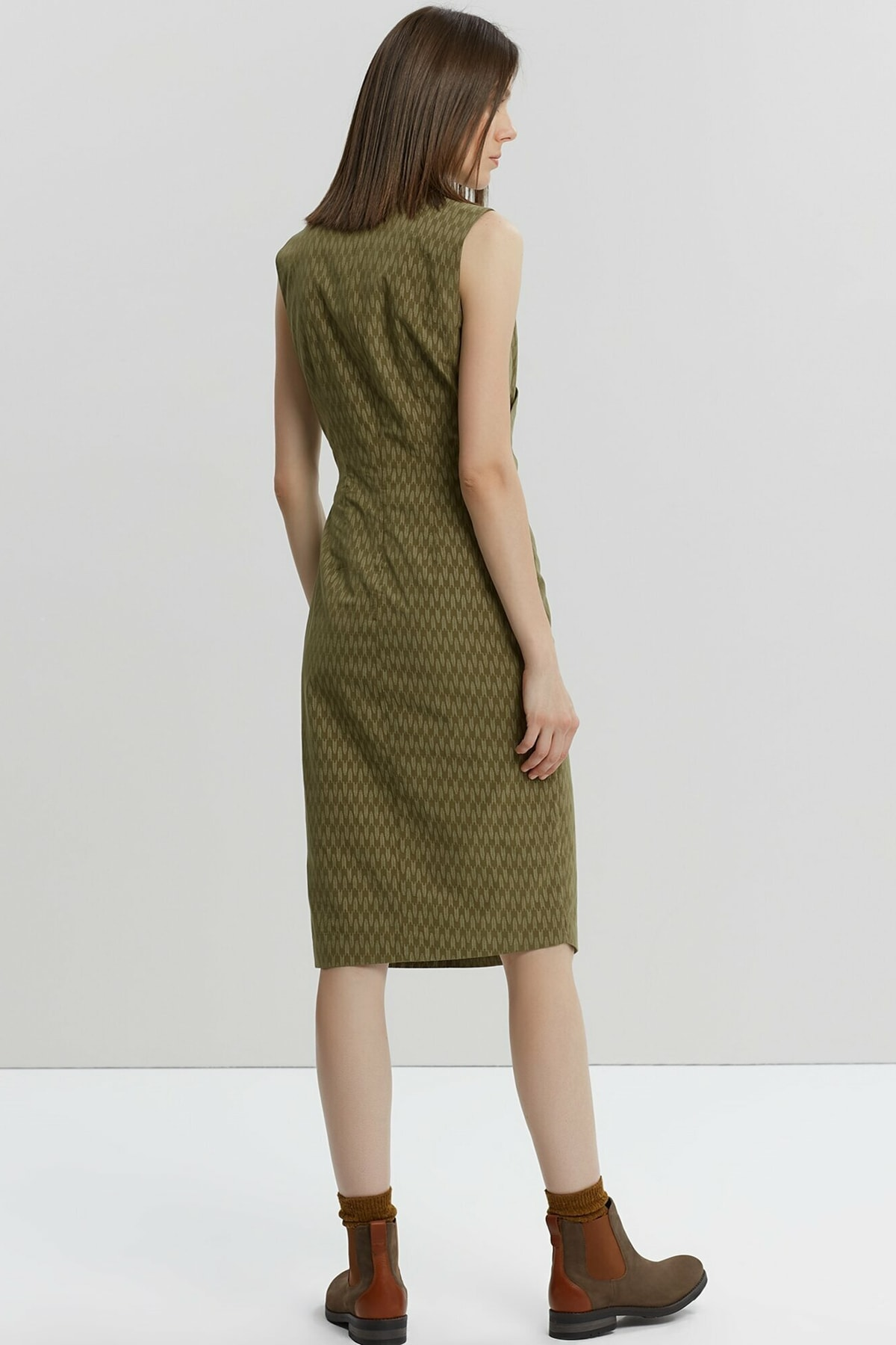 Yargıcı Kadın Yeşil Desenli Dik Yakalı Elbise 9KKEL7130A 1