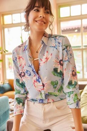 Olalook Kadın Mavi Pembe Çiçekli Gömlek GML-19000444