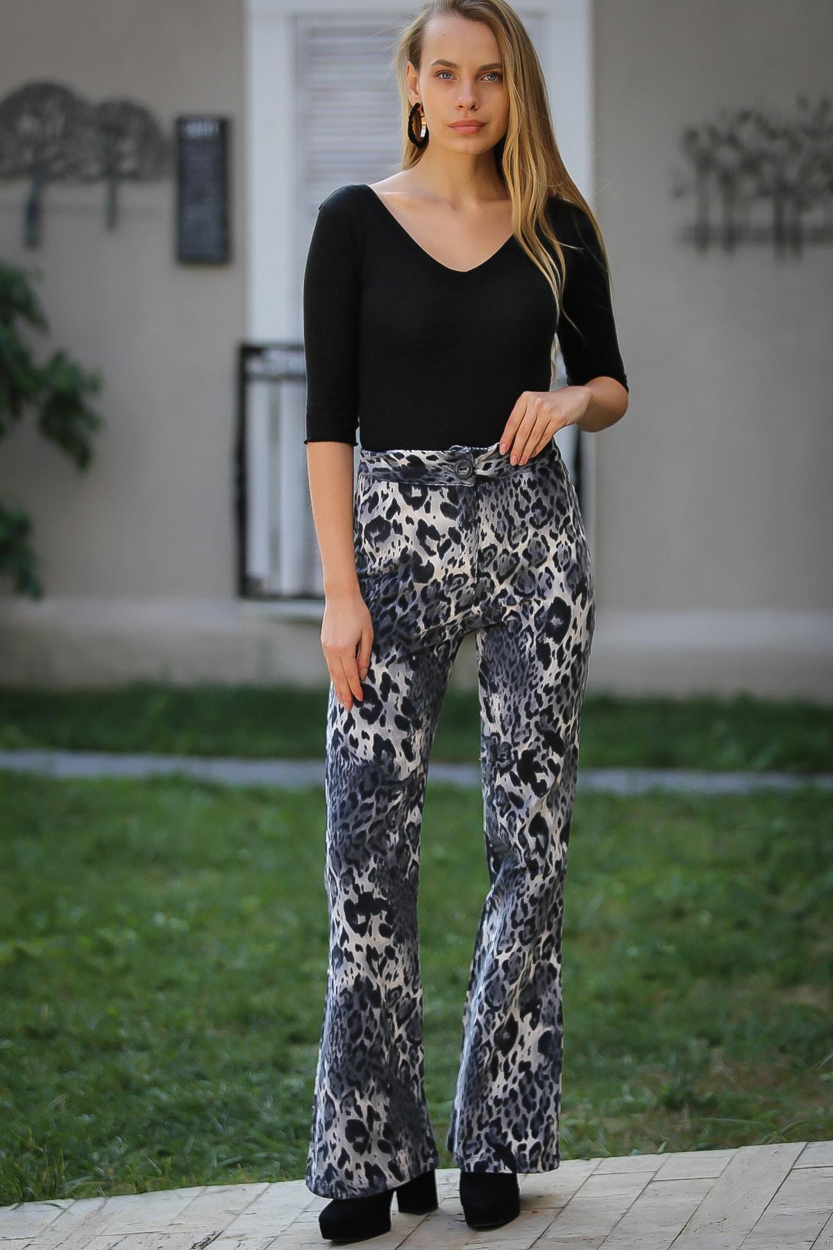 Chiccy Kadın Leopar Desenli Füme İspanyol Paça Pantolon M10060000PN99234