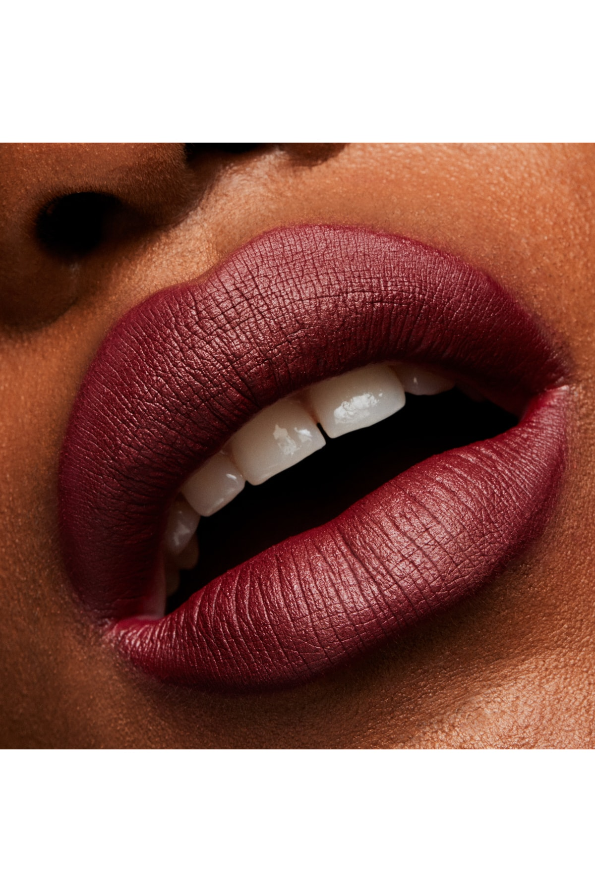 M.A.C Ruj - Lipstick Diva 3 g 773602048670 2