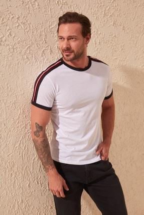 TRENDYOL MAN Beyaz Erkek Bisiklet Yaka Slim Fit T-Shirt TMNSS20TS0194