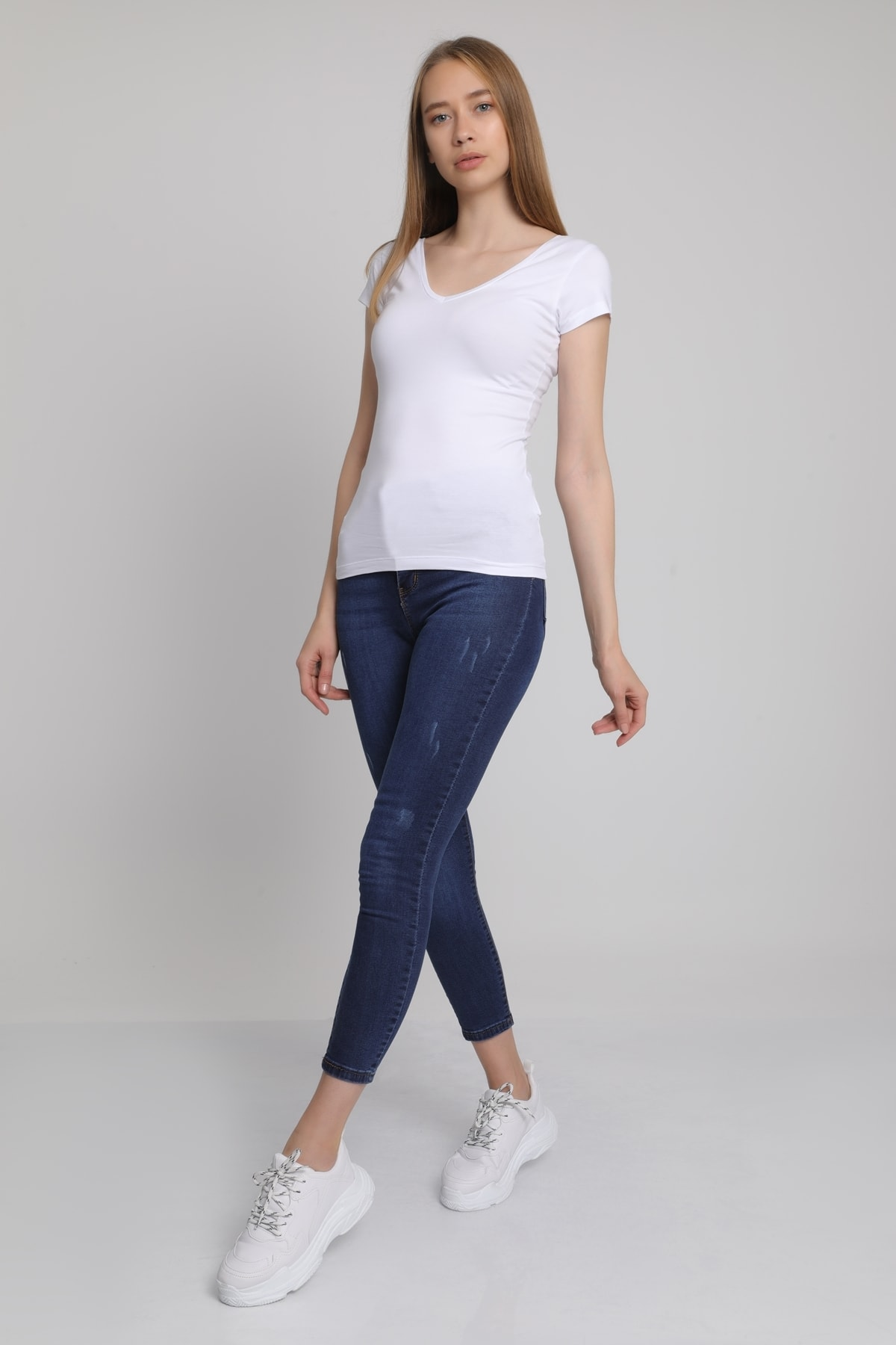 MD trend Kadın Beyaz Ön Arka V Yaka T-Shirt Mdt3472 1