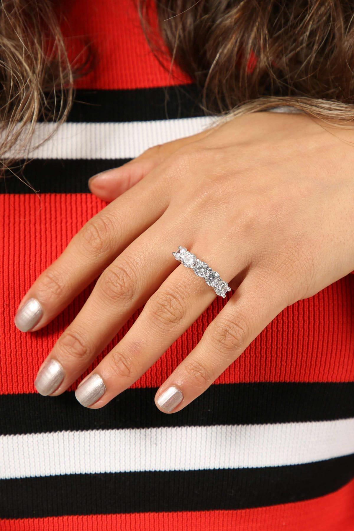 Midyat Gümüş Dünyası Kadın Beyaz Taşlı Beş Taş Yüzük 2020045 2