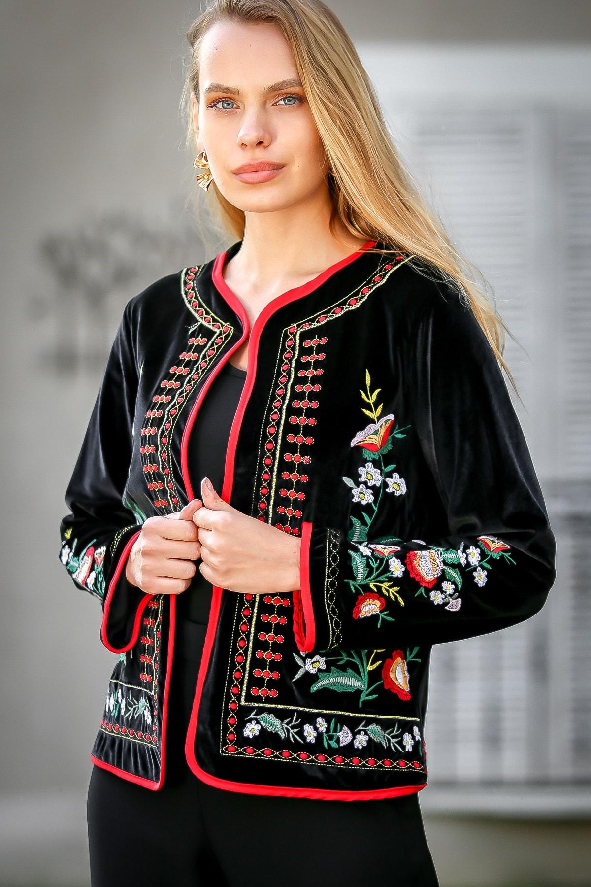 Chiccy Kadın Siyah Bohem Çin Karanfili Nakışlı Velur Cepken Ceket C10210100CE99500