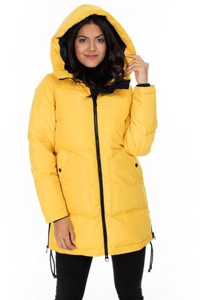 Vero Moda Kadın Sarı Yanları Fermuar Detaylı Kapüşonlu Kaz Tüyü Mont 10214810 VMOSLO 10214810