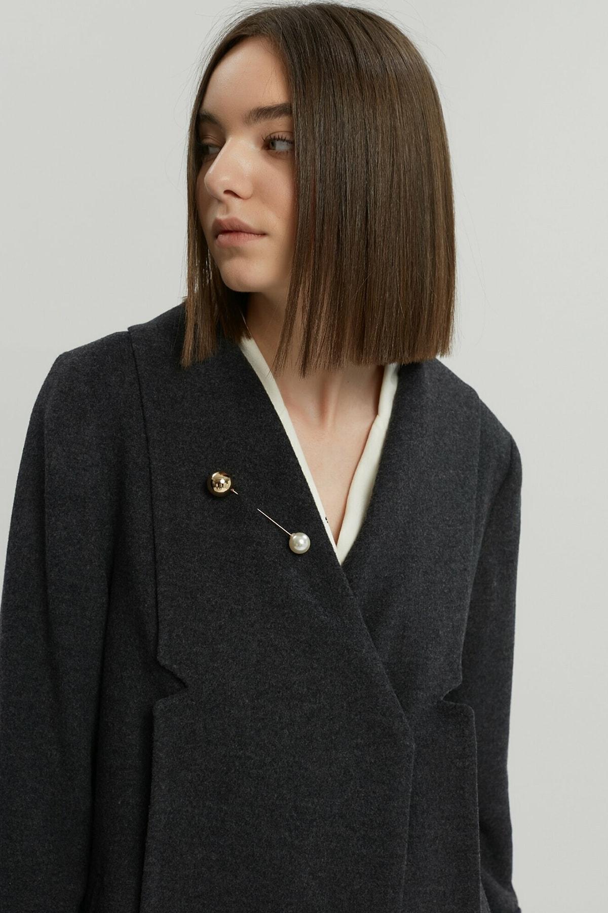Yargıcı Kadın Antrasit Nervür Detaylı Kısa Palto 9KKPL5142X