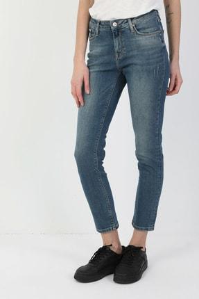 Colin's KADIN 703 Carla Orta Bel Düz Paça Slim Fit Mavi Kadın Jean Pantolon CL1048709