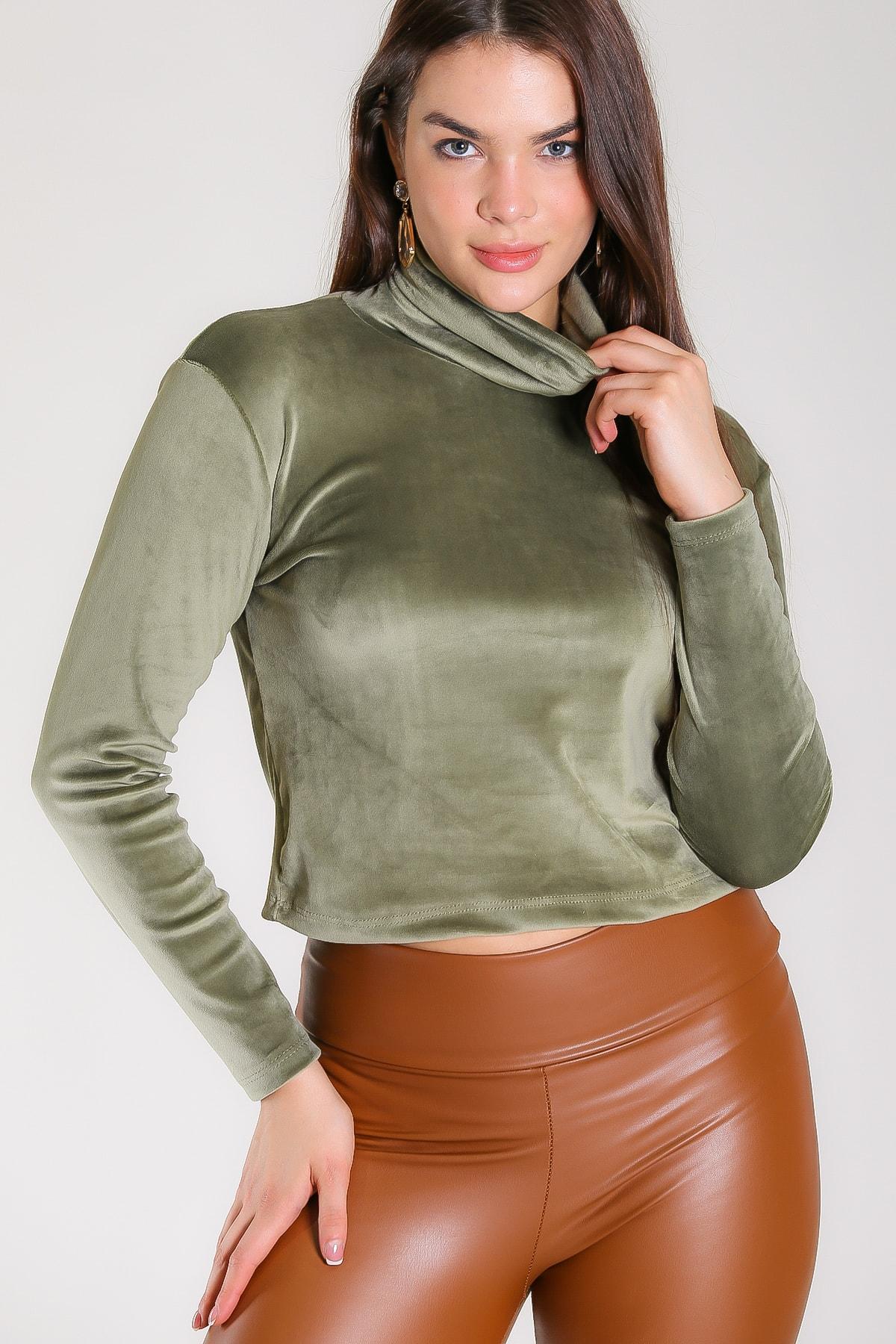 Chiccy Kadın Yeşil Vintage Balıkçı Yaka Velur Bluz M10010200BL96671