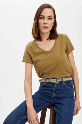 DeFacto Kadın Haki V Yaka Basic Relax Fit Kısa Kollu T-shirt
